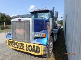2003 Peterbuilt  Semi