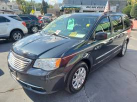 2013 Chrysler  Town & Country t